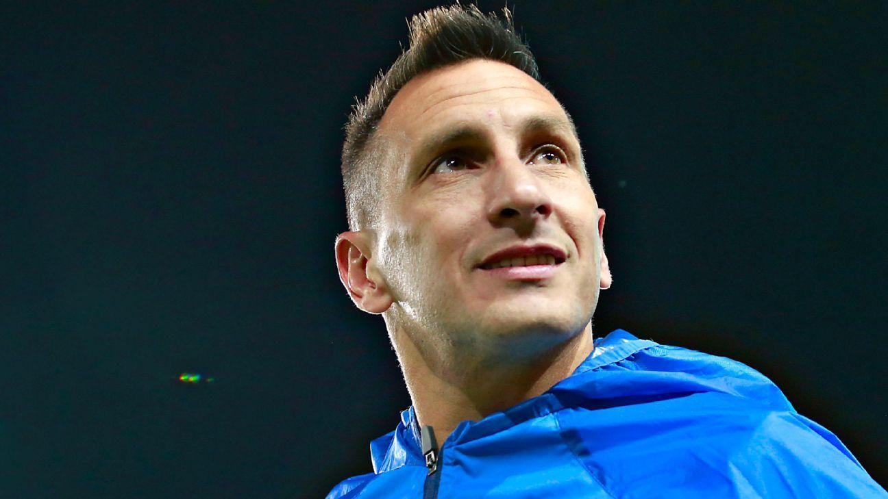 Christian Giménez celebrates 20 years of career in football