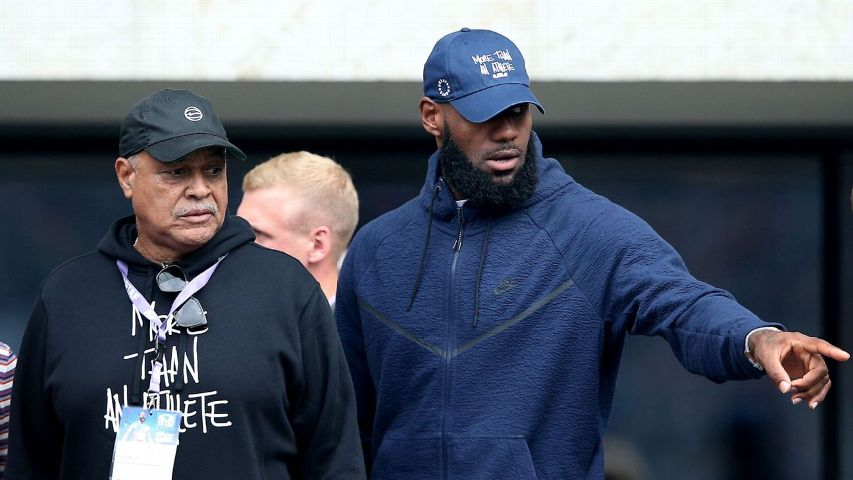 9157a94eadc5 LeBron James attended the ISTAF 2018 athletics meeting at Olympiastadion in  Berlin on September 2 to