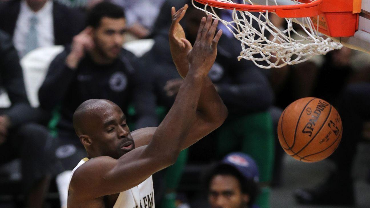 Pelicans dejan en libertad a Emeka Okafor