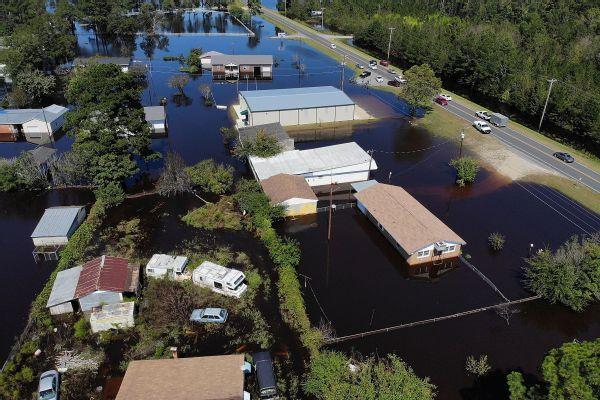Steph Curry, Chris Paul, John Wall start Hurricane Florence fundraiser