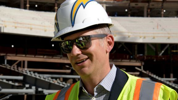 From reality TV to community action: Chargers work to find a foothold in L.A.