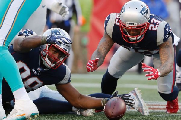 Patrick Chung, Trey Flowers both out as Patriots prep for Lions