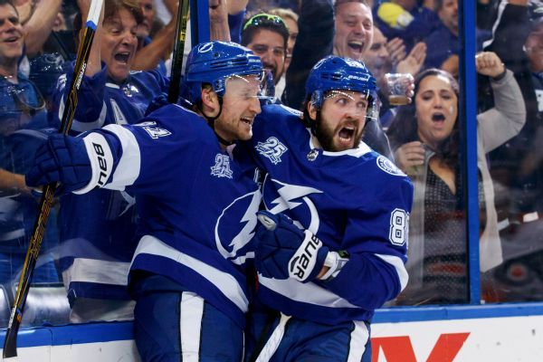 Lightning strikes in second period as Tampa Bay tallies 33 shots