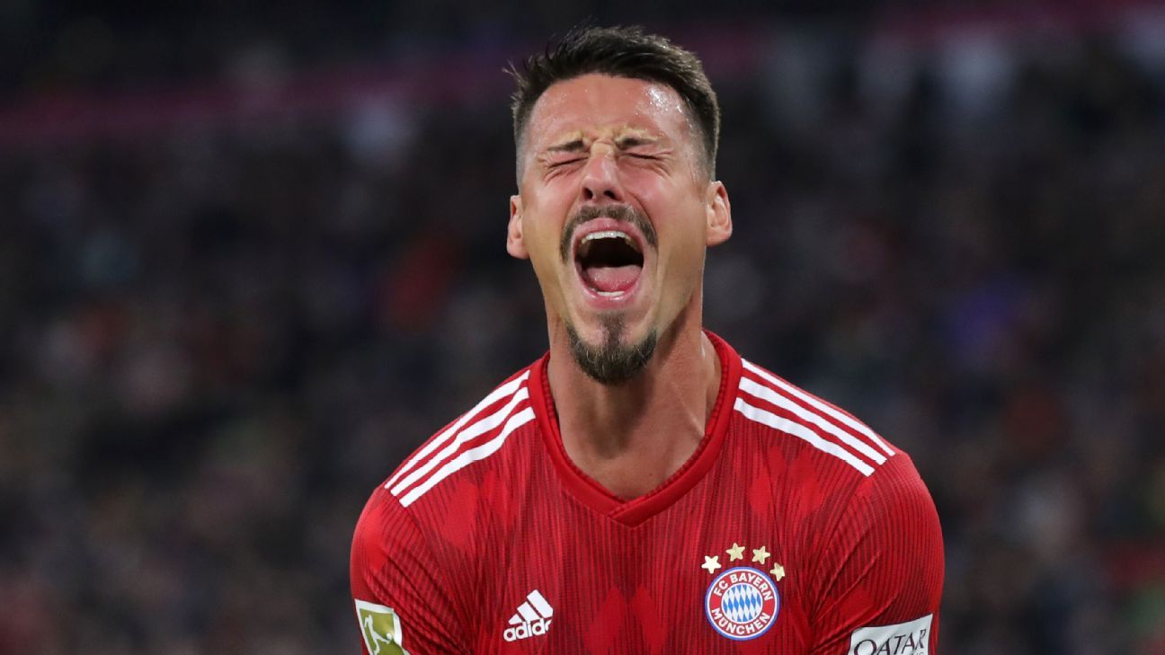Sandro Wagner 4/10 as Bayern drop first points of the season vs. Augsburg