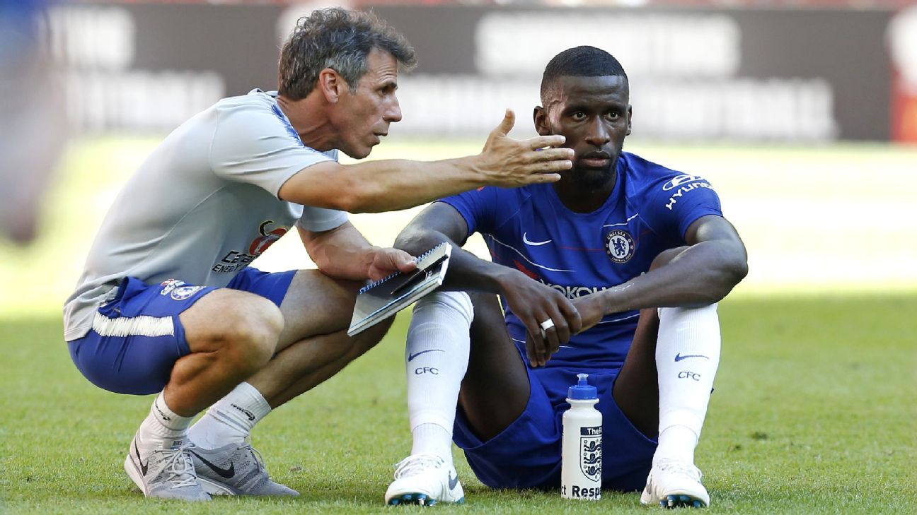 Chelsea's Gianfranco Zola working to develop players -- and himself