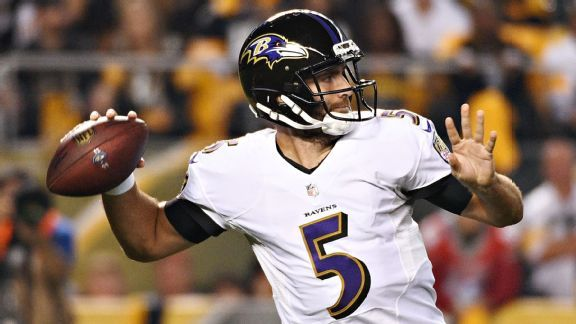 Joe Flacco reluctantly performs unusual batted-passes drill