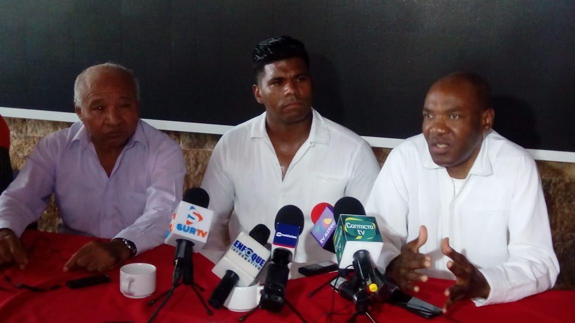Adalid Maganda amenaza con huelga de hambre si Brizio no da la cara