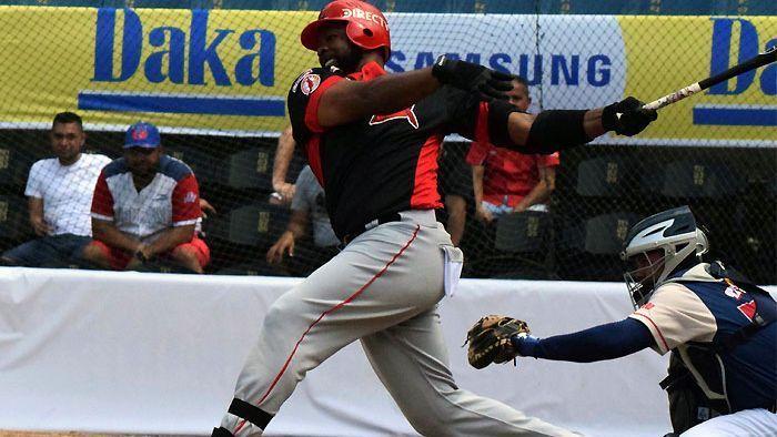 Leones gana duelo de pitcheo a Cardenales en liga venezolana