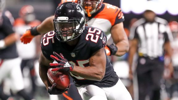 Ito Smith aims to ignite Falcons' run game with Devonta Freeman out