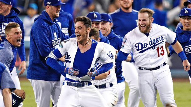 Cody Bellinger puts playoff slump to bed with late-night NLCS Game 4 heroics