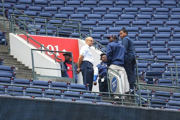 Lawsuit: Braves, MLB should have raised guardrails before fan's death