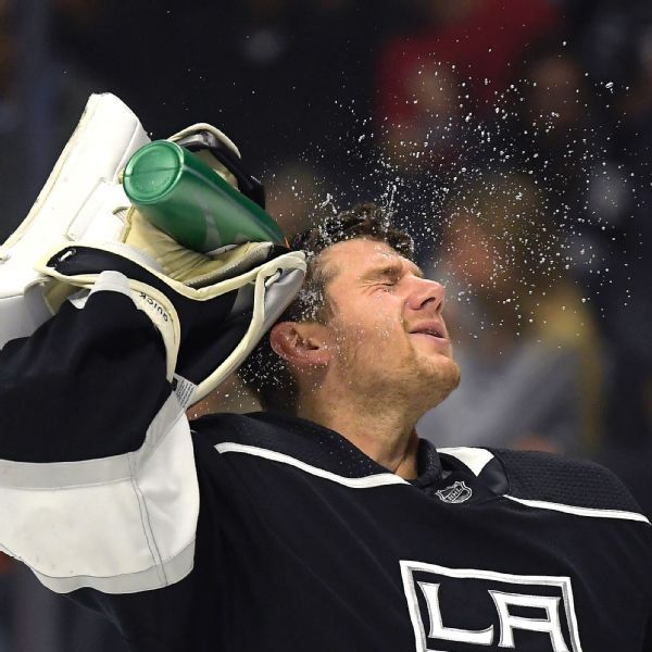 Kings activate goalie Jonathan Quick ahead of home opener