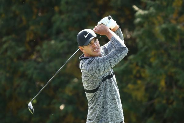 Brooks Koepka keeps alive chances for No. 1, up 4 shots in CJ Cup