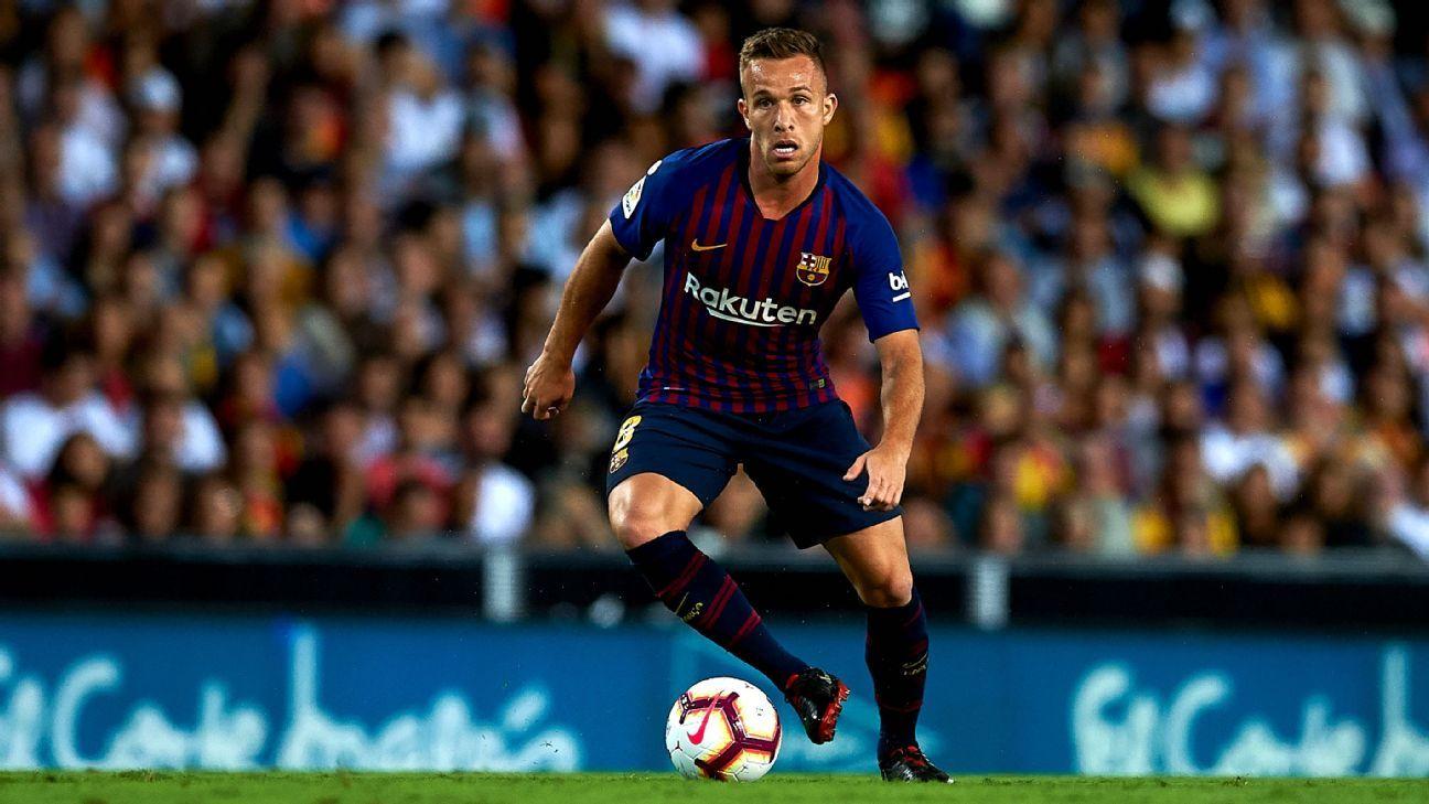"""En el Barcelona, Arthur gana el aval de Xavi: """"Estamos ante un jugador que puede marcar una era"""""""