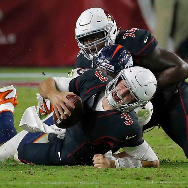 Cardinals' Josh Rosen nursing sprained toe