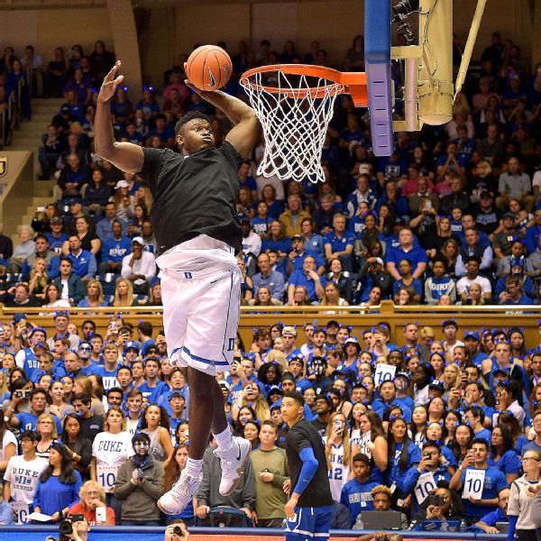 Zion Williamson shrugs off NCAA concerns, puts on dunk show at Duke scrimmage