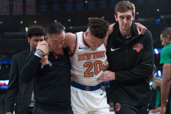 Knicks rookie Kevin Knox to miss week with ankle sprain