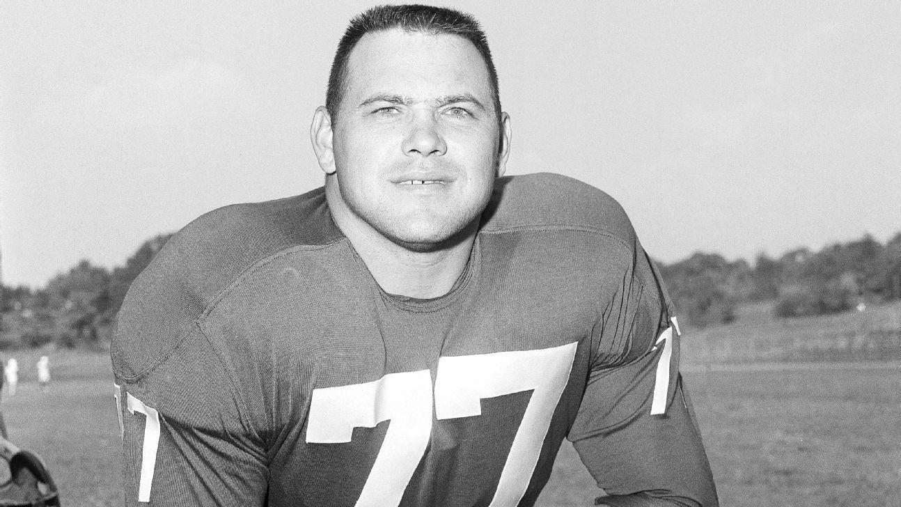 Falleció ex tackle defensivo de los Giants y Browns, Dick Modzelewski