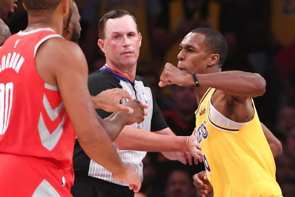 Video parece mostrar a Rajon Rondo escupiendo a Chris Paul antes de pelea