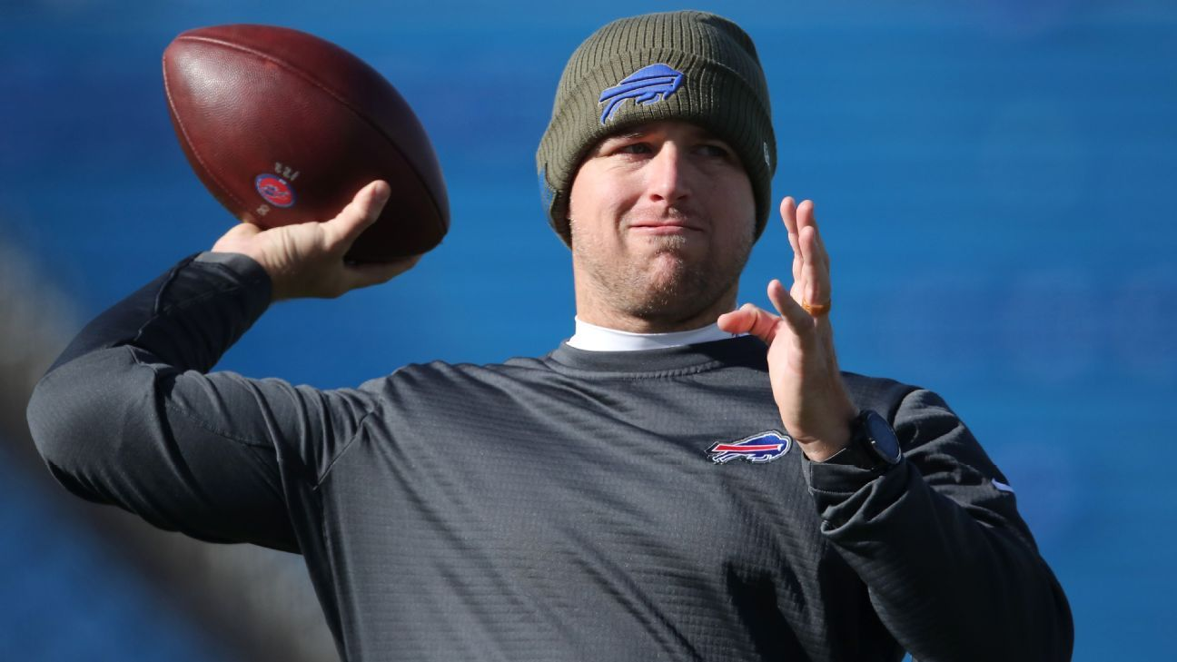Bills to Matt Barkley at quarterback over Nathan Peterman vs. Jets to start