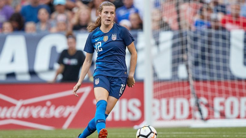 With eye on Women's World Cup, Tierna Davidson leaves Stanford