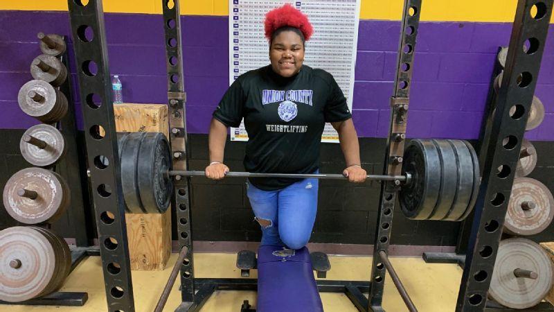 Weightlifting phenom Mahailya Reeves, 15, is raising the bar