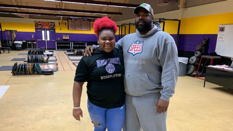 Weightlifting phenom Mahailya Reeves, 15, is raising the bar
