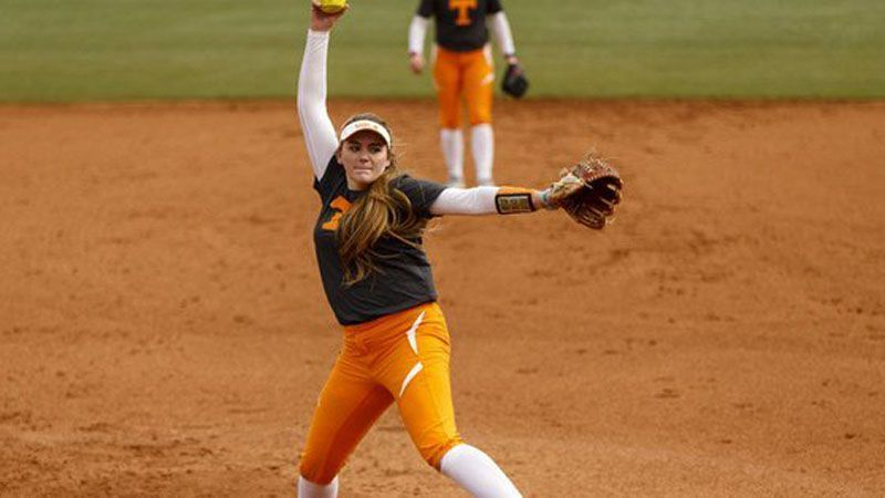 No. 6 Tennessee sweeps No. 24 Notre Dame, Minnesota