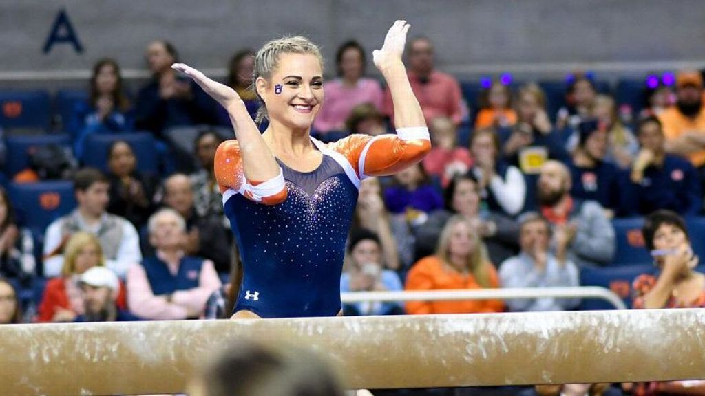 No. 11 Auburn holds off No. 21 Arkansas