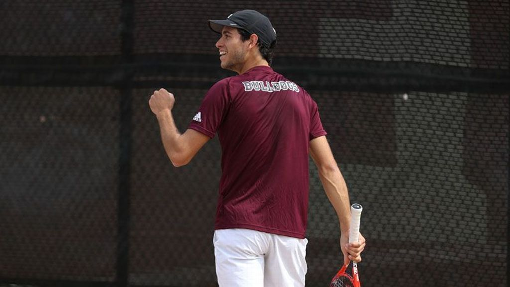 Borges named Tennis Scholar-Athlete of the Year