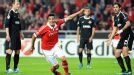 Oscar Cardozo scored both goals for Benfica as they defeated Spartak Moscow 2-0