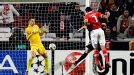 Oscar Cardozo heads home for Benfica against Spartak Moscow