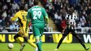 Papiss Cisse had a goal controversially disallowed for Newcastle against Metalist
