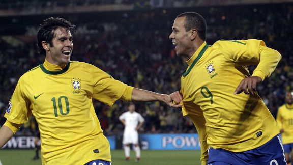 Kaka and Luis Fabiano celeb Brazil v Chile