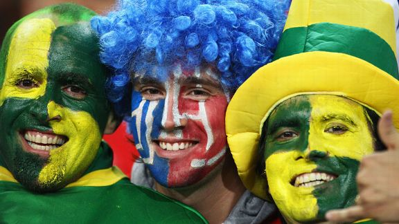 Chile and Brazil fans face paint pre-game