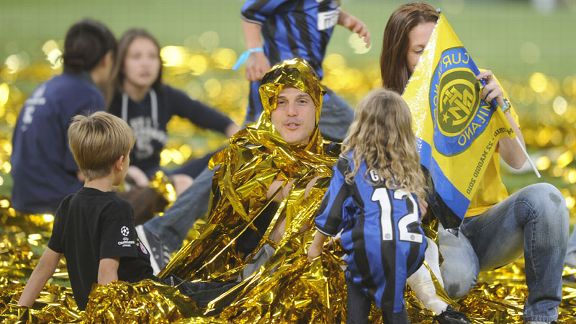 Inter goalkeeper Julio Cesar celebrates the Champions League success over Bayern Munich
