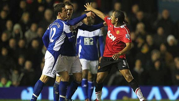 Anderson and Barry Ferguson get shirty as Manchester United played at Birmingham City