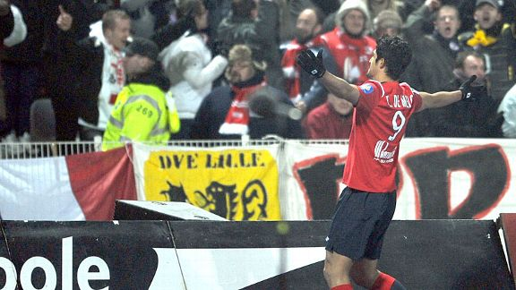 Tulio De Melo celebrates his winner