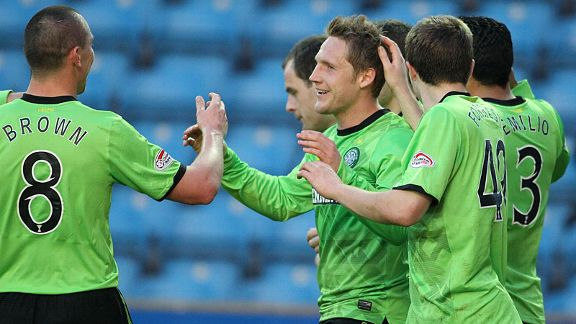 Kris Commons scored twice to put Celtic en route to a victory over Kilmarnock in the SPL