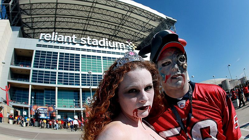 Halloween NFL Fans