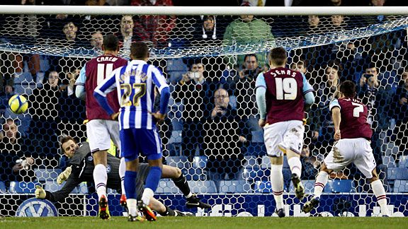 Sheffield Wednesday's Nicky Weaver saves a penalty from West Ham's Sam Baldock