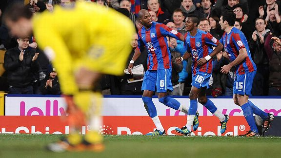 Crystal Palace's Anthony Gardner celebrates his goal as Cardiff goalkeeper Tom Heaton stands dejected