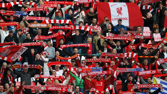 Liverpool fans Wembley fans scarves