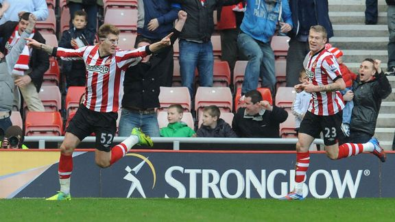 Nicklas Bendtner celebrates after putting Sunderland into the lead against Liverpool