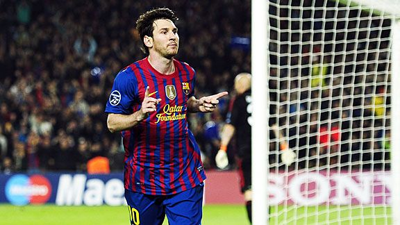 Lionel Messi made it 2-1 to Barcelona with another penalty