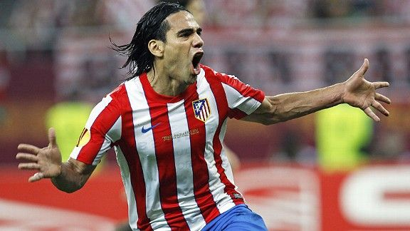 Falcao celebrates his second in the Europa League final
