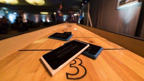 Nokia Shuffleboard