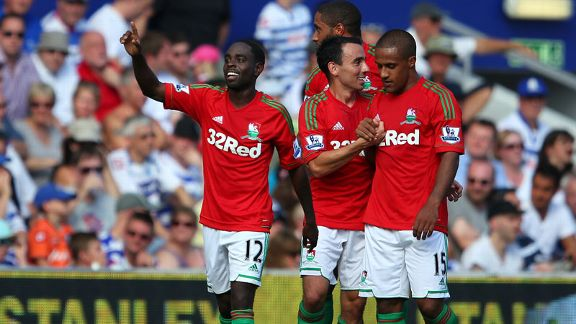Nathan Dyer celebrates