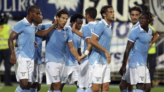 Lazio celebrate after Hernanes' goal gave them the lead in their 2-0 win over Mura 05