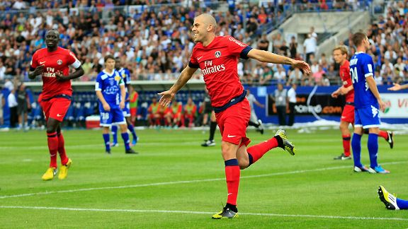 Jeremy Menez opens the scoring for PSG against Bastia.